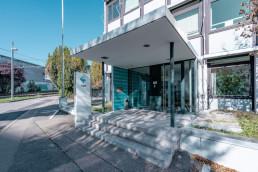 Immobilie Stuttgart Vaihingen Ernsthaldenstraße Eingang